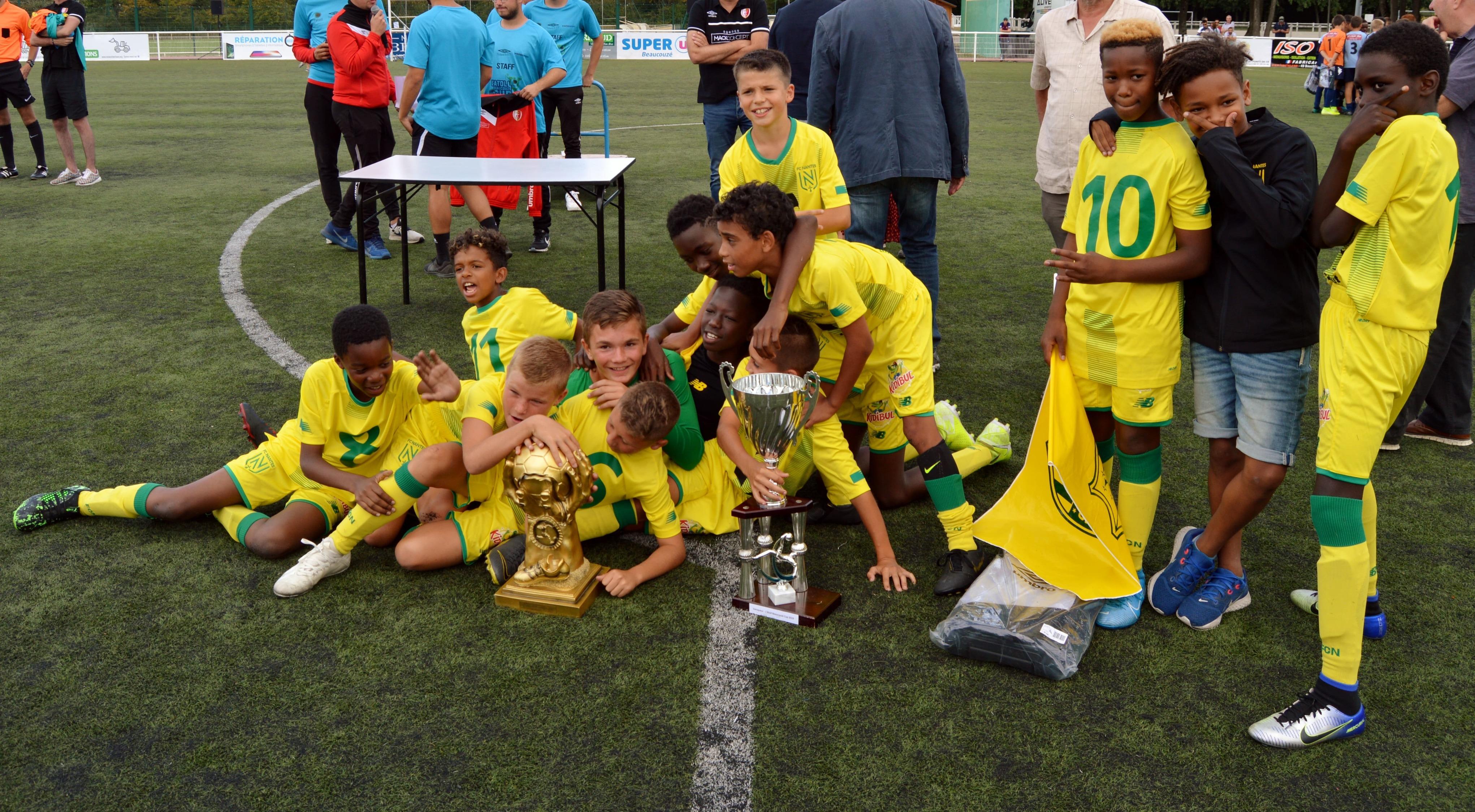 Le Stade Brestois 29 vainqueur de l'édition 2018 de L'ATOLL Beaucouzé Cup