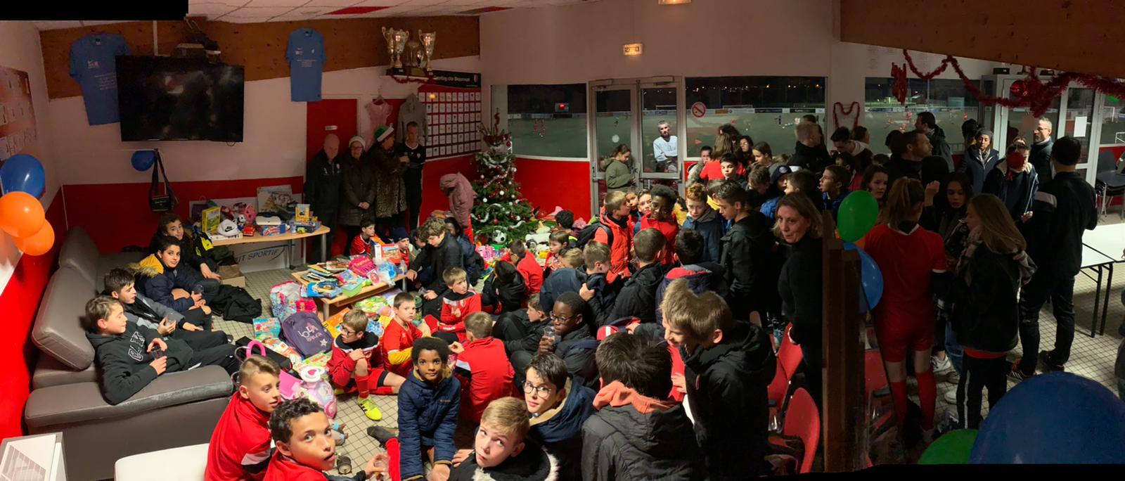 En attendant le Père Noël, le Père Noël Vert du SCB est passé !