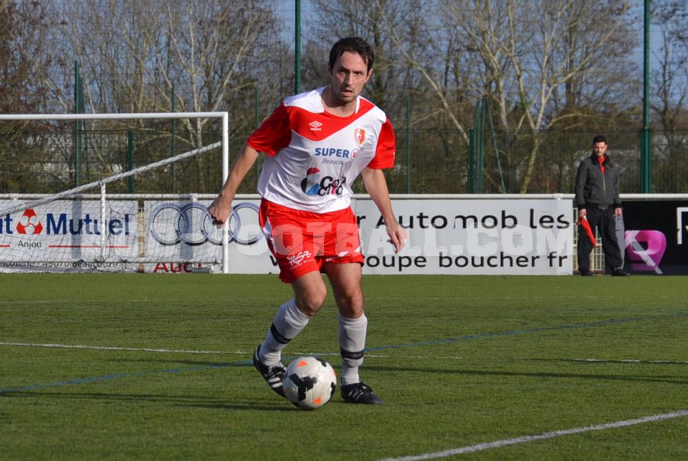 Fabrice Rousseau et ses joueurs démarrent timidement 2015.