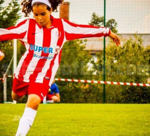 Féminine. Vous souhaitez rejoindre le football féminin, le Sporting recrute
